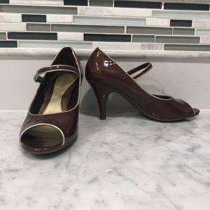 Kenneth Cole Reaction Peep Toe Heels